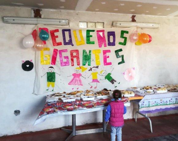 """Soup Kitchen """"Pequeños Gigantes"""" in Comodoro Rivadavia"""