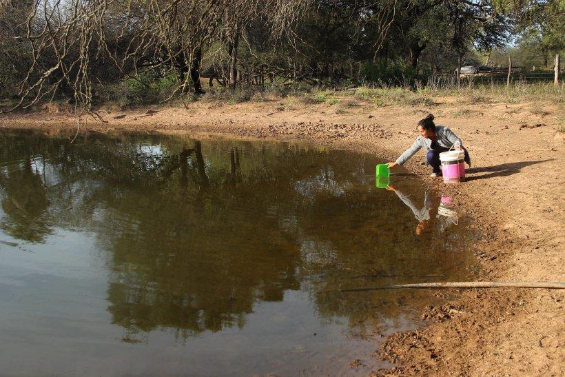 Water: common good in dispute